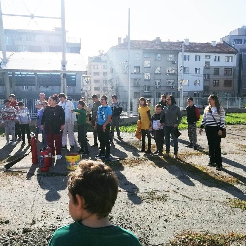 Учебна евакуация 11.11.2019 г.
