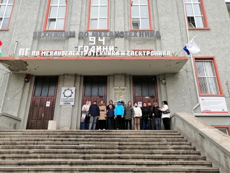 Посещение на Професионална гимназия по механоелектроника и електроника - Бургас 22.11.2019 г.